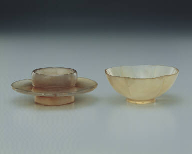 Agate bowl and saucer set in the shape of a hibiscus flower