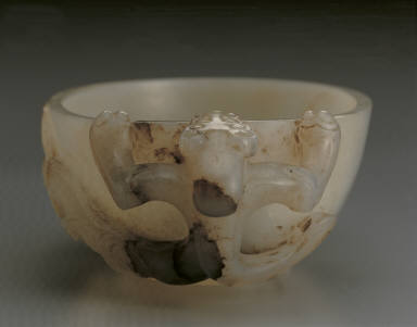 Jade cup with chi-dragon handle